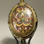 Orologio a cipolla ovale. Parigi. prima metà del XVII secolo, Rame dorato, smalti