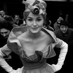 1959 - Monique Dutto uscita metrò